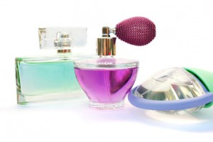 fragrances and dyes in acne makeup