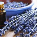 Using essential oils for acne and skin healing